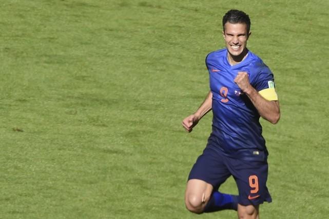 Robin van Persie, auteur de trois buts jusqu'à... (PHOTO LUIS ACOSTA, AFP)