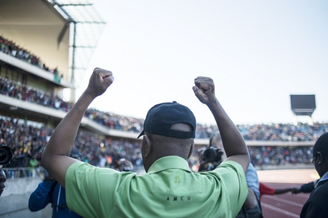 «En acceptant la proposition salariale, vous nous donnez... (PHOTO MUJAHID SAFODIEN, AFP)