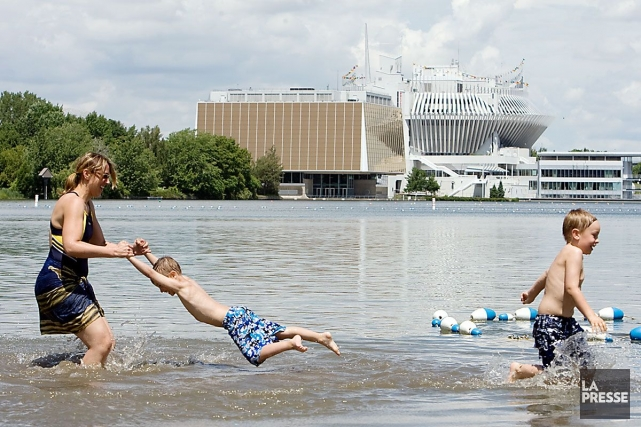 La plage du parc Jean-Drapeau est ouverte aujourd'hui.... (Photo Robert Skinner, archives La Presse)