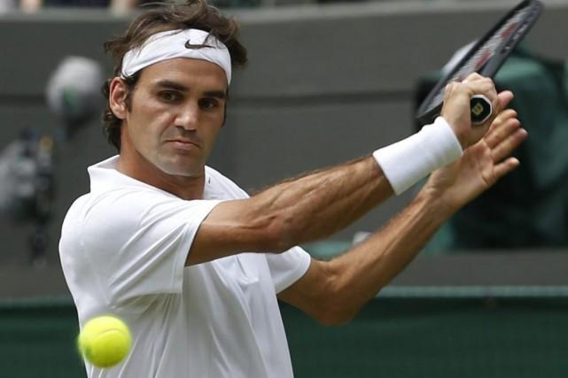 Roger Federer... (Photo Pavel Golovkin, Agence France-Presse)