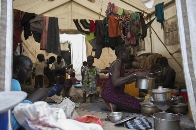 Un camp de réfugié à Juba.... (PHOTO CHARLES LOMODONG, AGENCE FRANCE-PRESSE)