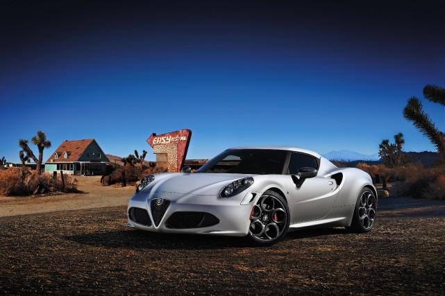 L'Alfa Romeo 4C sera vendue dans seulement deux... (Photo fournie par Alfa Romeo)
