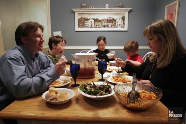 «La confiance des ménages a continué de s'améliorer... (Photo Archives La Presse)