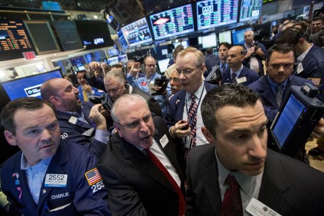 Les cours du pétrole coté à New York ont terminé en légère baisse mardi, le... (Photo Brendan McDermid, archives Reuters)