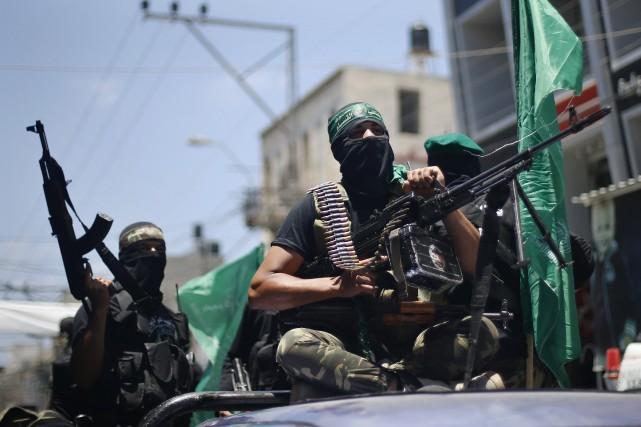Des soldats de la branche armée du Hamas... (PHOTO MOHAMMED SALEM, REUTERS)