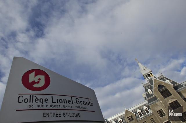 Le collègue Lionel-Groulx poursuit trois de ses élèves... (PHOTO OLIVIER JEAN, ARCHIVES LA PRESSE)