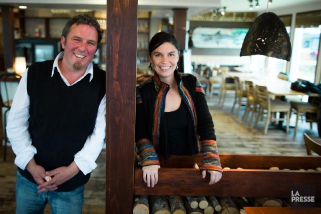 Jean-Sébastien Sicard et Mireille Perron, de Chez Mathilde.... (PHOTO OLIVIER PONTBRIAND, LA PRESSE)