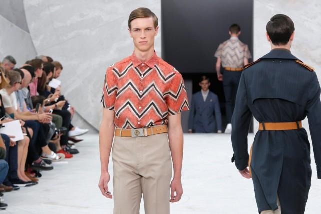 La collection printemps/été 2015 de Louis Vuitton.... (Photo Jacques Brinon, associated press)