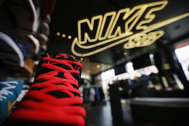 Le fabricant d'équipement de sports a affiché un... (Photo Lucy Nicholson,Reuters)