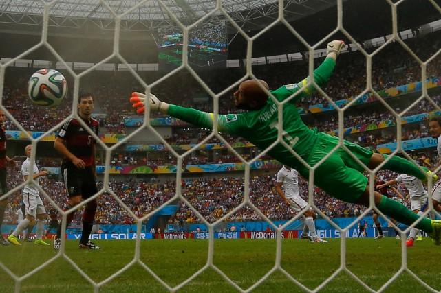 En moyenne, 2,83 buts ont été inscrits lors... (Photo Bryan Snyder, Reuters)