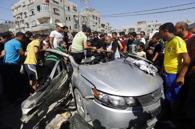 Le raid a visé une voiture dans le... (PHOTO MOHAMMED ABED, AFP)