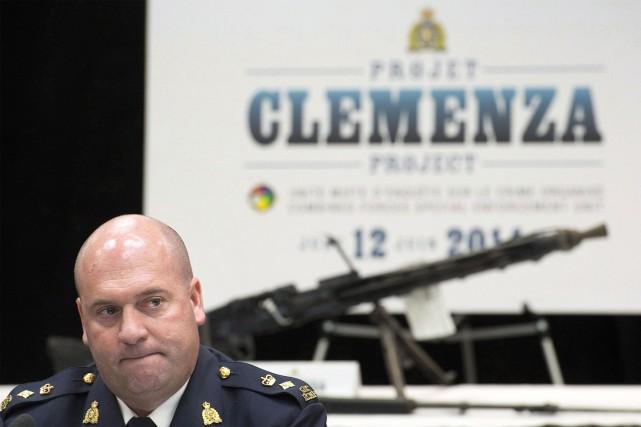 Michel Arcand, un officier de la GRC, parle... (Photo Graham Hughes, La Presse Canadienne)