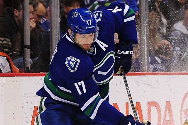 Ryan Kesler a connu six saisons de plus... (Photo Anne-Marie Sorvin, USA Today)