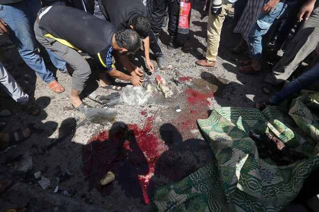 Deux Palestiniens ont été tués vendredi dans un... (Photo Hatem Moussa, AP)