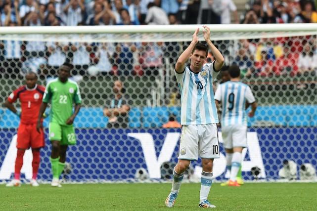 Est-ce que le joueur argentin Lionel Messi portera... (PHOTO JEWEL SAMAD, AFP)
