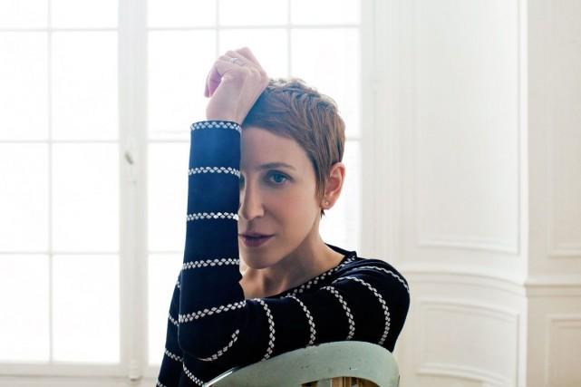 La chanteuse Stacey Kent a appris le français... (Photo Benoit Peverell, fournie par le FIJM)