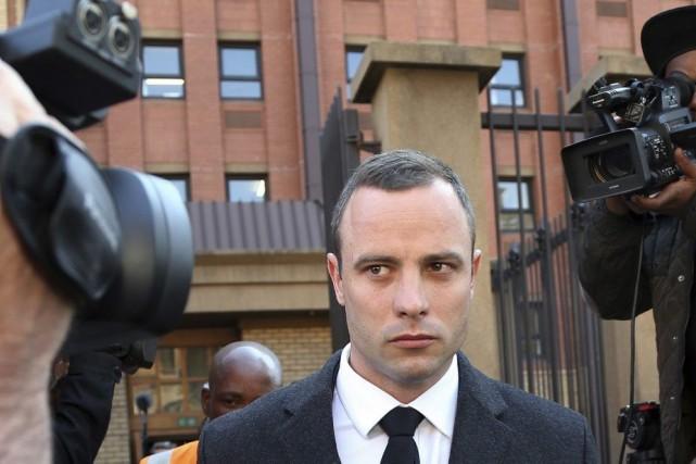 Selon un psychiatre, Pistorius souffrirait d'un trouble d'anxiété... (PHOTO THEMBA HADEBE, AP)