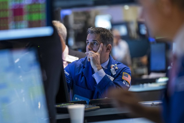 Les investisseurs américains marchaient sur des oeufs en... (PHOTO BRENDAN MCDERMID, REUTERS)