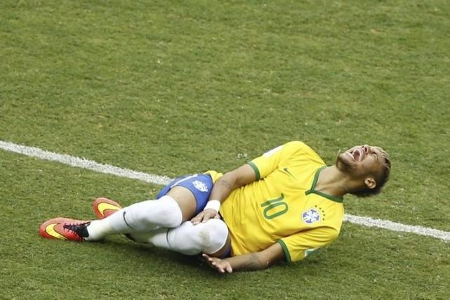 L'attaquant du Brésil Neymar jouera contre la Colombie... (Photo archives Reuters)