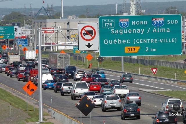 L'autoroute Félix-Leclerc à Québec... (Photothèque Le Soleil, Jean-Marie Villeneuve)