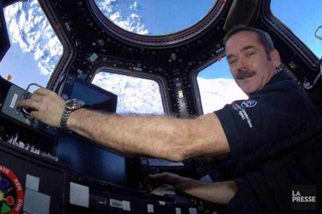 Le passage spatial est fondé sur un système... (Photo Chris Hadfield, Archives PC)