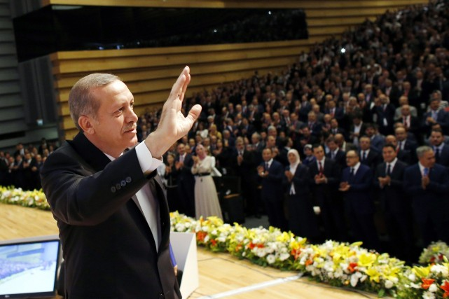 Erdogan a promis d'être un président de tous... (Photo UMIT BEKTAS, REUTERS)