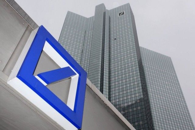 Deutsche Bank, qui essaie d'apaiser des craintes sur... (PHOTO RALPH ORLOWSKI, ARCHIVES REUTERS)
