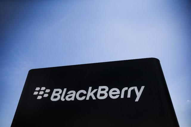 BlackBerry (T.BB) a annoncé jeudi l'acquisition de la firme... (Photo Mark Blinch, Reuters)