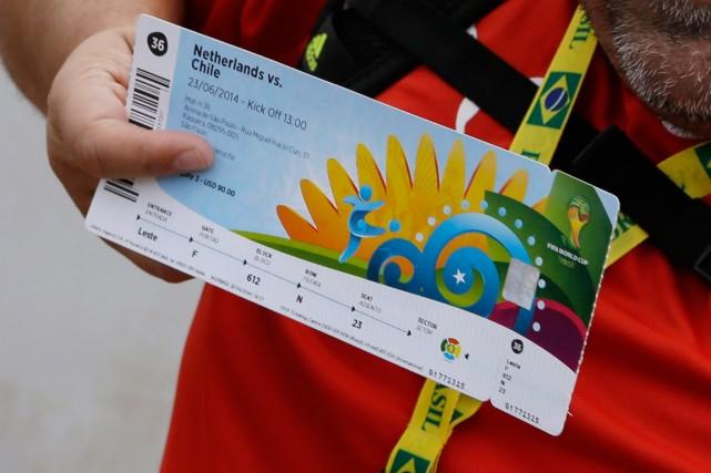 Un membre de la FIFA est soupçonné d'être à la source d'un important trafic de... (Photo Thanassis Stavrakis, AP)