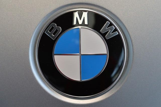 Le constructeur automobile haut de gamme allemand BMW a annoncé jeudi qu'il... (Photo archives AP)