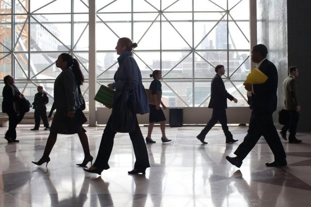 Le nombre de chômeurs aux États-Unis a nettement... (Photo Andrew Burton, archives Reuters)