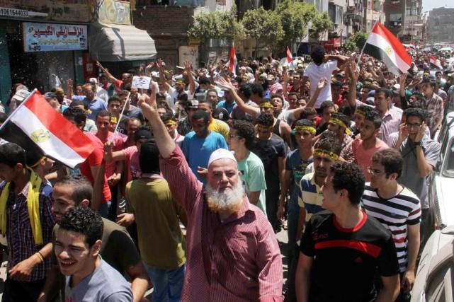 Cette journée est un test pour les islamistes,... (Photo Al Youm Al Saabi newspaper, Reuters)