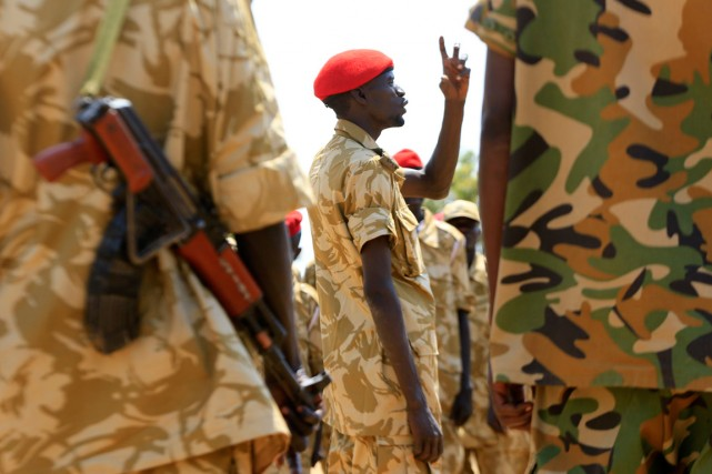 Des militaires de l'armée du Soudan du Sud.... (PHOTO ARCHIVES REUTERS)