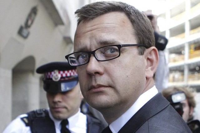 Andy Coulson, qui avait été jugé coupable le... (PHOTO CYRIL VILLEMAIN, AGENCE FRANCE-PRESSE)