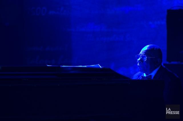 Oliver Jones... (PHOTO HUGO-SÉBASTIEN AUBERT, LA PRESSE)