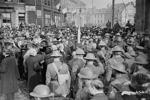 En avril 1918, la ville de Québec n'a plus rien à voir avec la bourgade... (Archives Le Soleil)