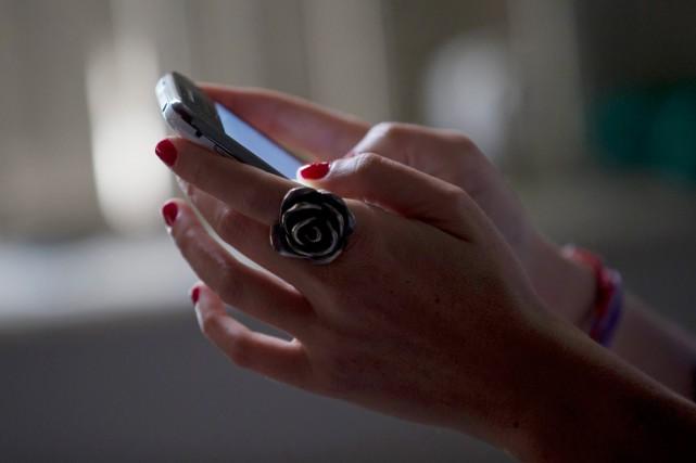 Le prix des communications sans fil est devenu... (PHOTO ARCHIVES ASSOCIATED PRESS)