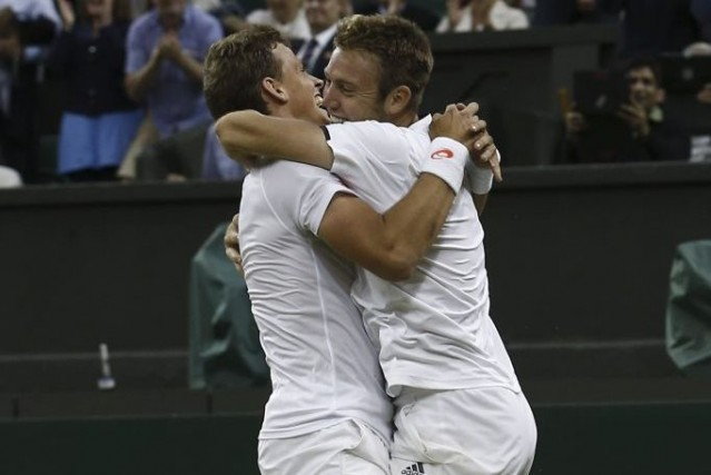 Vasek Pospisil et Jack Sock... (PHOTO ANDREW COWIE, AFP)