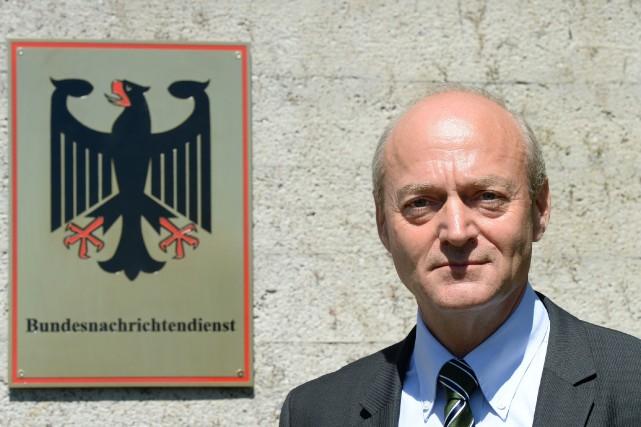 Gerhard Schindler, directeurdes services de renseignement allemands... (PHOTO CHRISTOF STACHE, AFP)