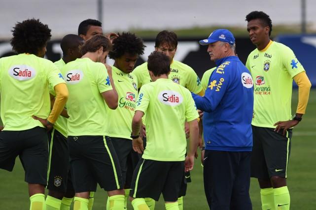 L'équipe du Brésil sera privée de son joueur... (Photo Vanderlei Almeida, AFP)