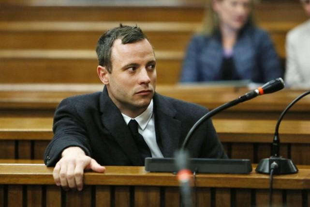 Déclaré sain d'esprit et pénalement responsable, Oscar Pistorius... (PHOTO ALON SKUY, AP)
