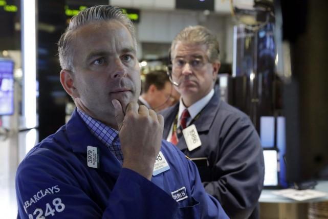 «Les grands indices new-yorkais peinent à trouver une... (Photo Richard Drew, AP)