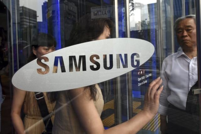Samsung indique toutefois «s'attendre prudemment» à des perspectives... (PHOTO JUNG YEON-JE, AFP)