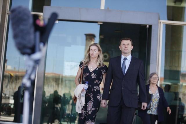 Kate et Gerry McCann poursuivent en justice l'ancien... (PHOTO RAFAEL MARCHANTE, REUTERS)