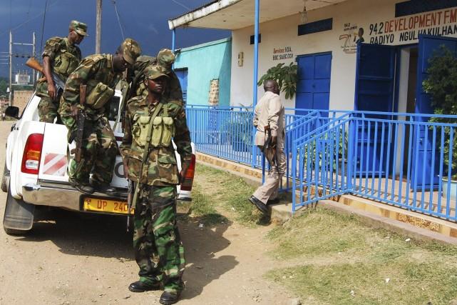 L'armée patrouille àBundibugyo.... (Photo Reuters)