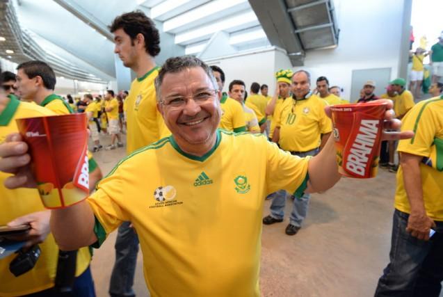 Dans les couloirs des 12 stades du Mondial... (PHOTO CHRISTOPHE SIMON, AFP)
