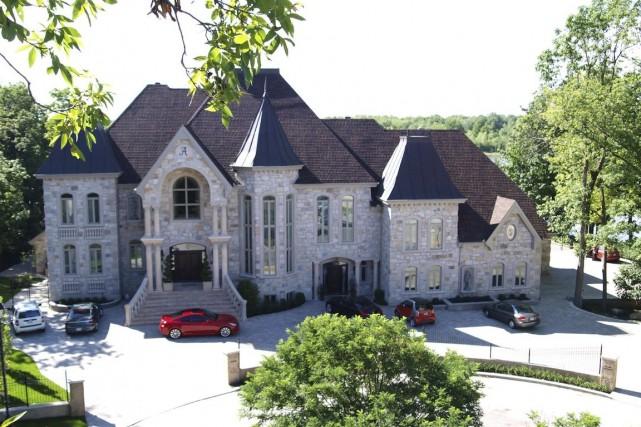 Selon Sotheby's, les ventes de résidences de luxe... (Photo fournie par Sotheby's International Realty Québec)