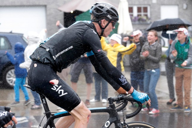 Chris Froome a renoncé à poursuivre le Tour... (Photo Jean-Paul Pelissier, Reuters)