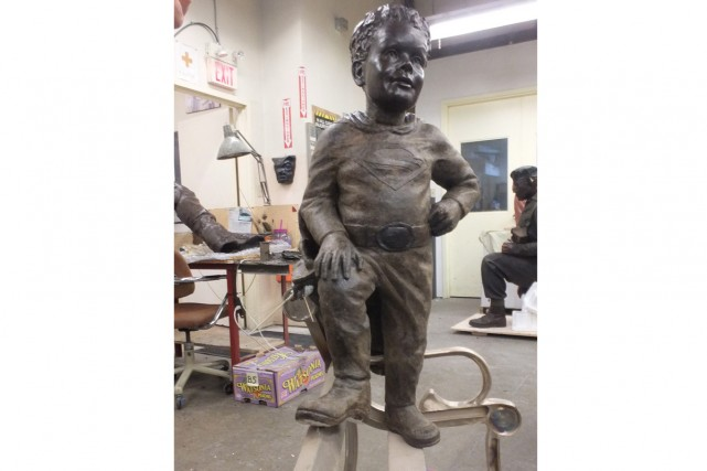 La statue commémorative érigée en l'honneur de Jeffrey Baldwin,... (Photo: La Presse Canadienne)