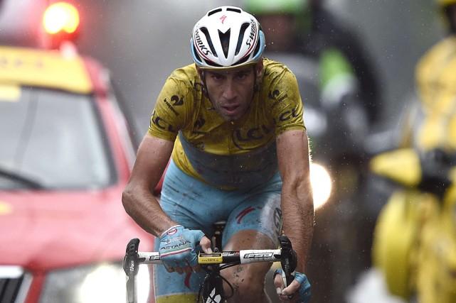 L'Italien Vincenzo Nibali a non seulement fait fi... (Photo Lionel Bonaventure, AFP)